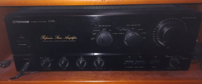 Pioneer A-656 front