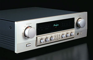 Accuphase C-2000
