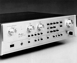 Accuphase C-230